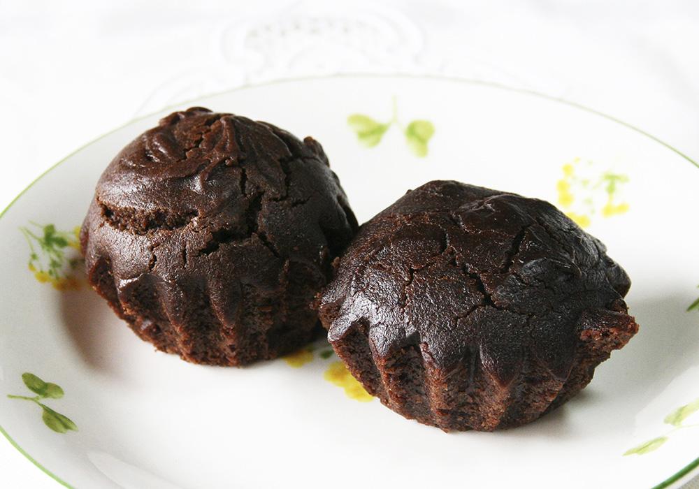 【冷凍】もぐもぐ工房のしっとりチョコケーキ 2個